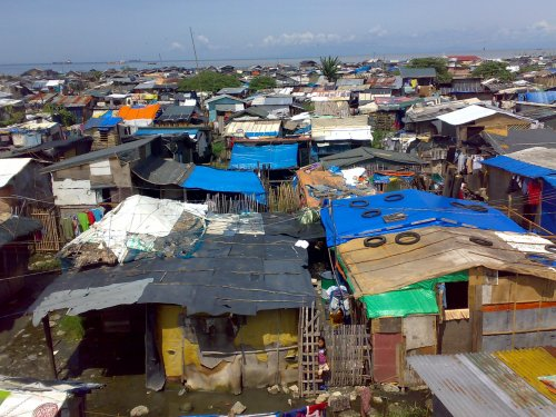 BASECO Slum in Manila www.markpedder.wordpress.com